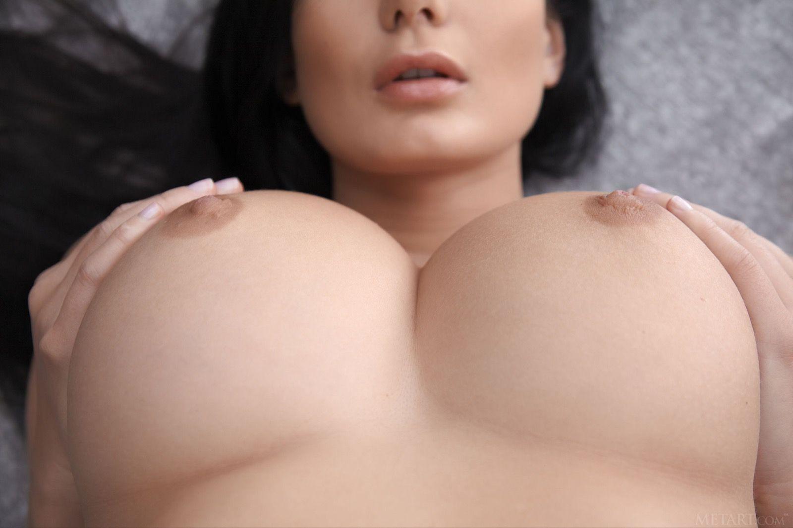 lucy li nude