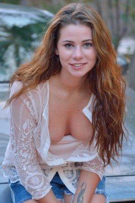 Teen nude girl
